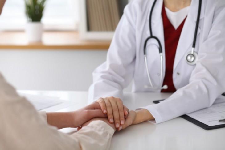 Top 10 Cancer Doctors in Delhi